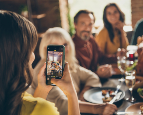virtual holiday dinner